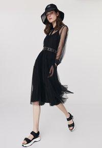 Twist - Cocktail dress / Party dress - black - 1