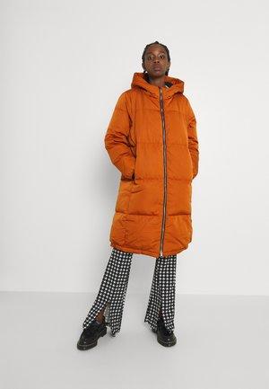 YASMILLY JACKET - Down coat - bombay brown