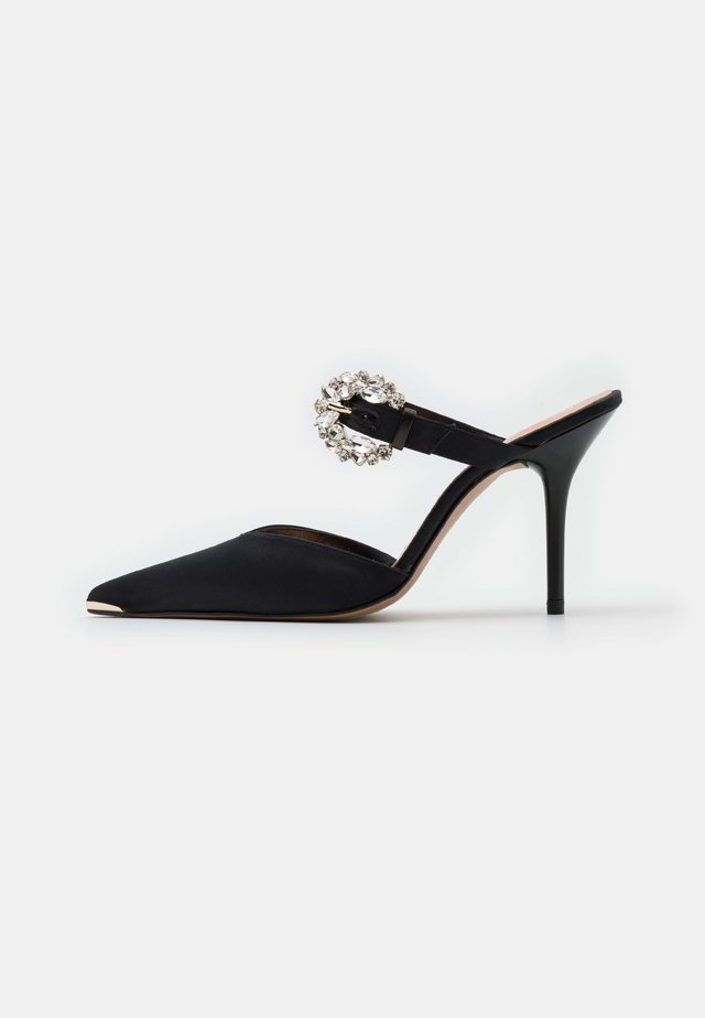 DAZZEL - Pantofle na podpatku - black