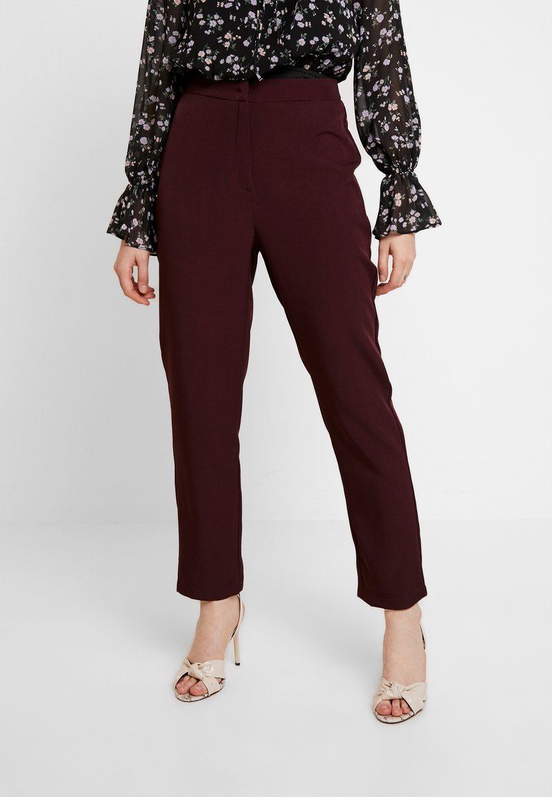 Missguided - HIGH WAISTED CIGARETTE TROUSERS - Bukse - burgundy