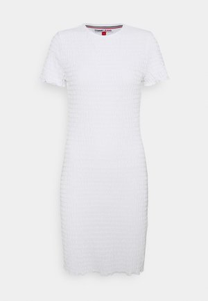 BODYCON SMOCK DRESS - Shift dress - white