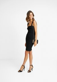 Missguided - SQUARE NECK STRAPPY DRESS - Etuikjole - black - 2