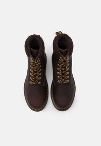 Dr. Martens - 1460 COLLAR UNISEX - Lace-up ankle boots - cocoa/dark brown - 3
