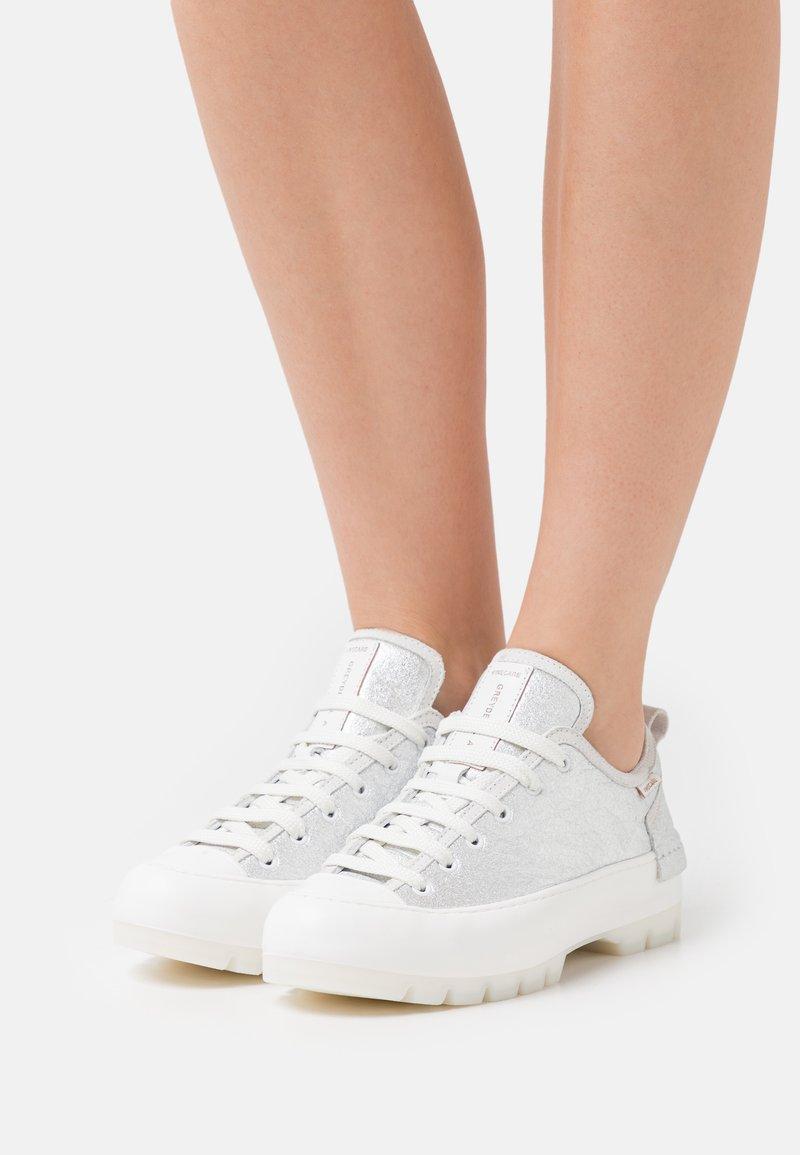 Greyder Lab - Sneakersy niskie - silver
