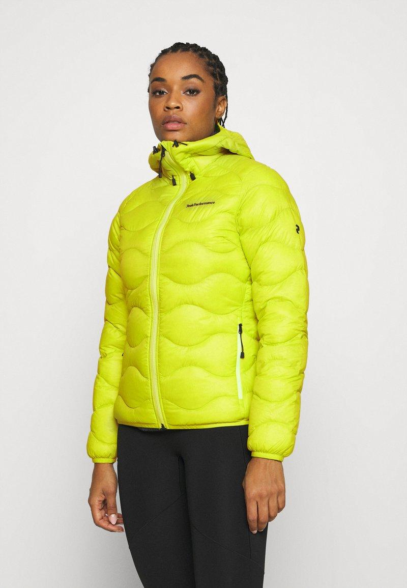 Peak Performance - HELIUM HOOD JACKET - Down jacket - nordic flash
