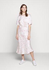 Bruuns Bazaar - MOVE ROSANA DRESS - Denní šaty - white - 0