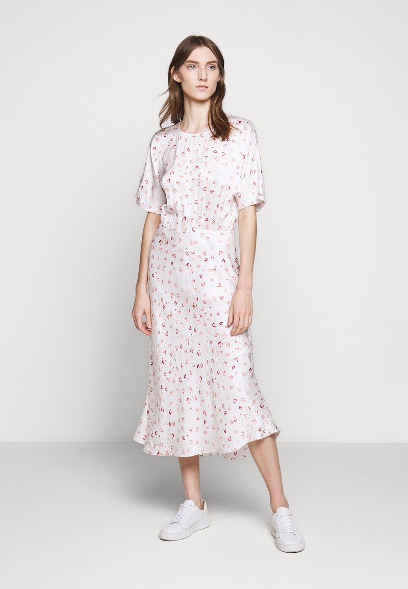 Bruuns Bazaar - MOVE ROSANA DRESS - Denní šaty - white