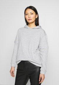 Trendyol - Jersey con capucha - gray - 0