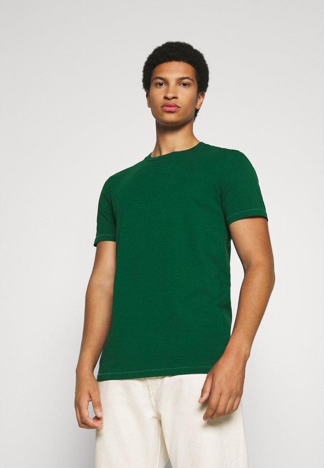 SHORT SLEEVE TEE - T-shirt basic - jungle green