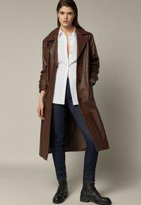 Massimo Dutti - SKINNY-FIT - Jeans Skinny Fit - dark blue - 0