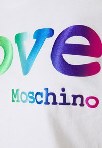 Love Moschino - Print T-shirt - optical white - 7