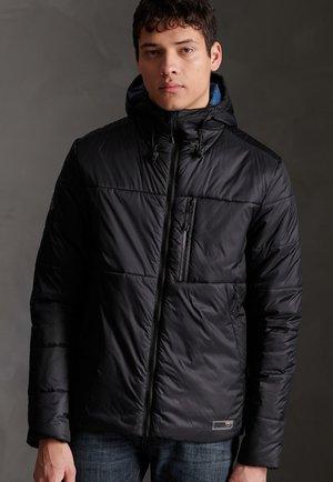 Abrigo de invierno - black