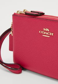 Coach - DOUBLE SMALL WRISTLET - Wallet - pink - 3