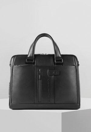 PIQUADRO LAPTOPTASCHE LEDER 43 CM - Briefcase - black
