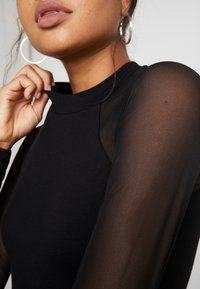 Even&Odd - BODYSUIT - T-shirt à manches longues - black