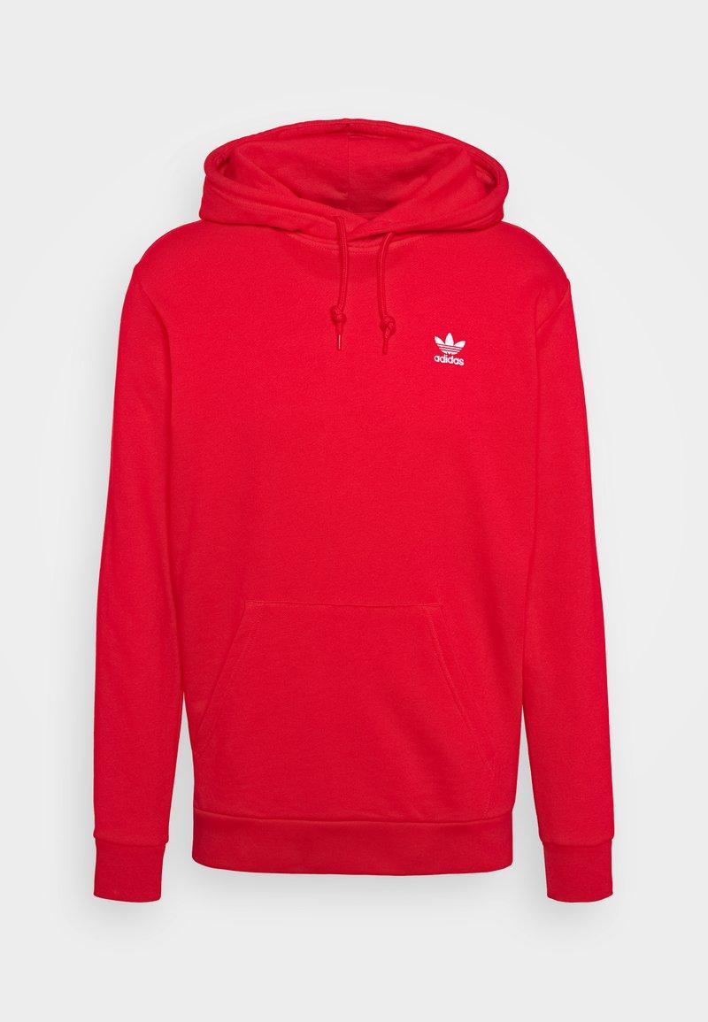 adidas Originals - ESSENTIAL HOODY UNISEX - Felpa con cappuccio - scarlet