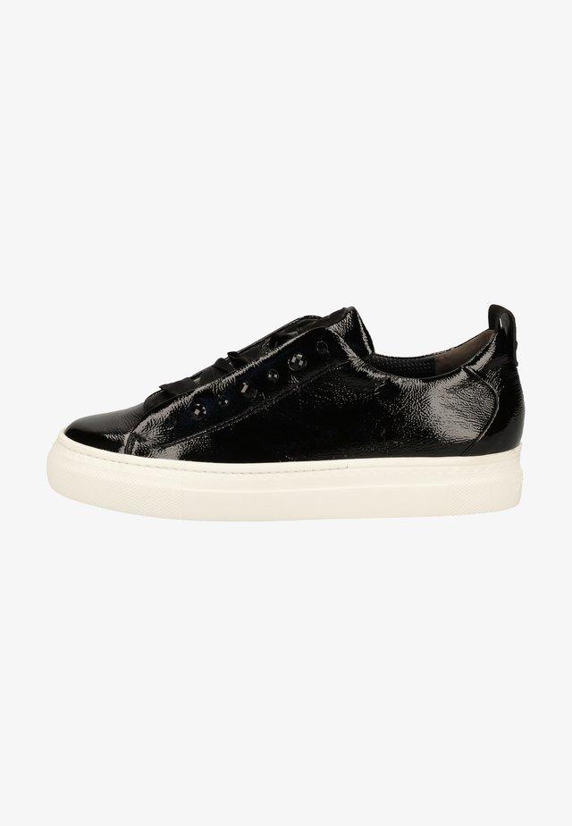 Sneakers laag - schwarz 087