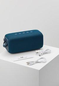 Fresh 'n Rebel - ROCKBOX BOLD M WATERPROOF BLUETOOTH SPEAKER - Speaker - indigo - 3
