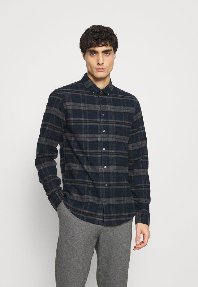 ARTHUR - Overhemd - navy blazer