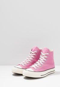 Converse - CHUCK TAYLOR ALL STAR 70 ALWAYS ON - Korkeavartiset tennarit - magic flamingo/egret/black - 2