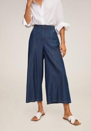 UNDER7-H - Jeans a zampa - mørkeblå