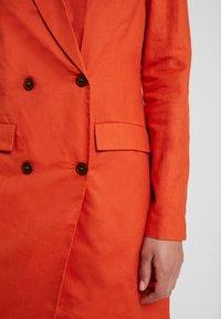 UNIQUE 21 - ASYMMETRIC DOUBLE BREASTED BLAZER DRESS - Abito a camicia - orange - 5