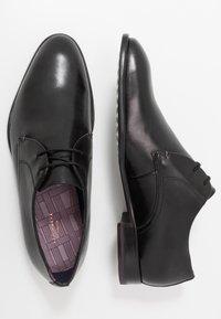 Ted Baker - SUMPSA DERBY SHOE - Smart lace-ups - black - 1