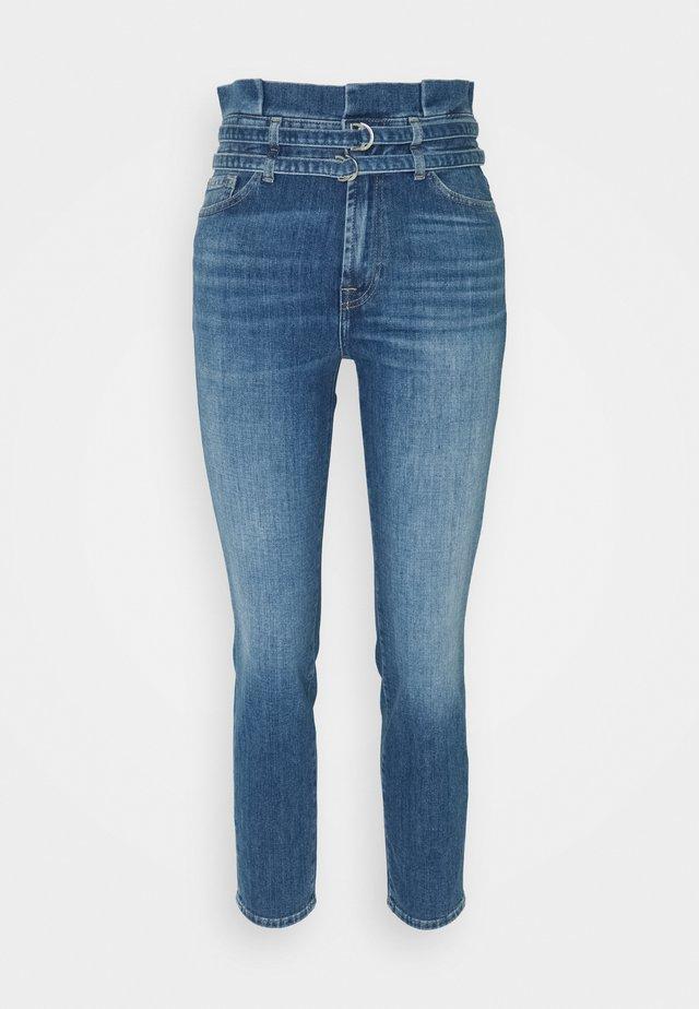 PAPERBAG PANT LEFHANRES - Jeans slim fit - mid blue