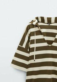 Massimo Dutti - Print T-shirt - khaki - 2