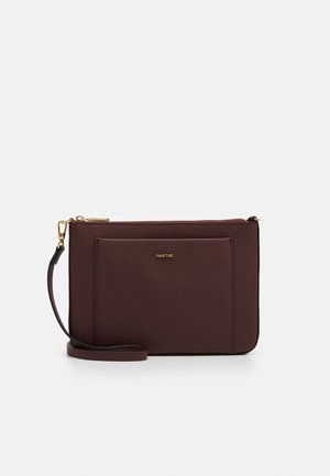 CROSSBODY BAG FAME - Schoudertas - burgundy
