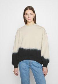 Levi's® - PAI - Sweatshirt - white dip dye - 0