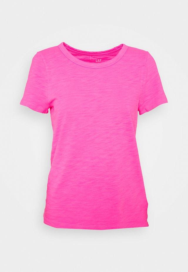 COZY SLUB TEE - T-shirt basic - sizzling fuchsia