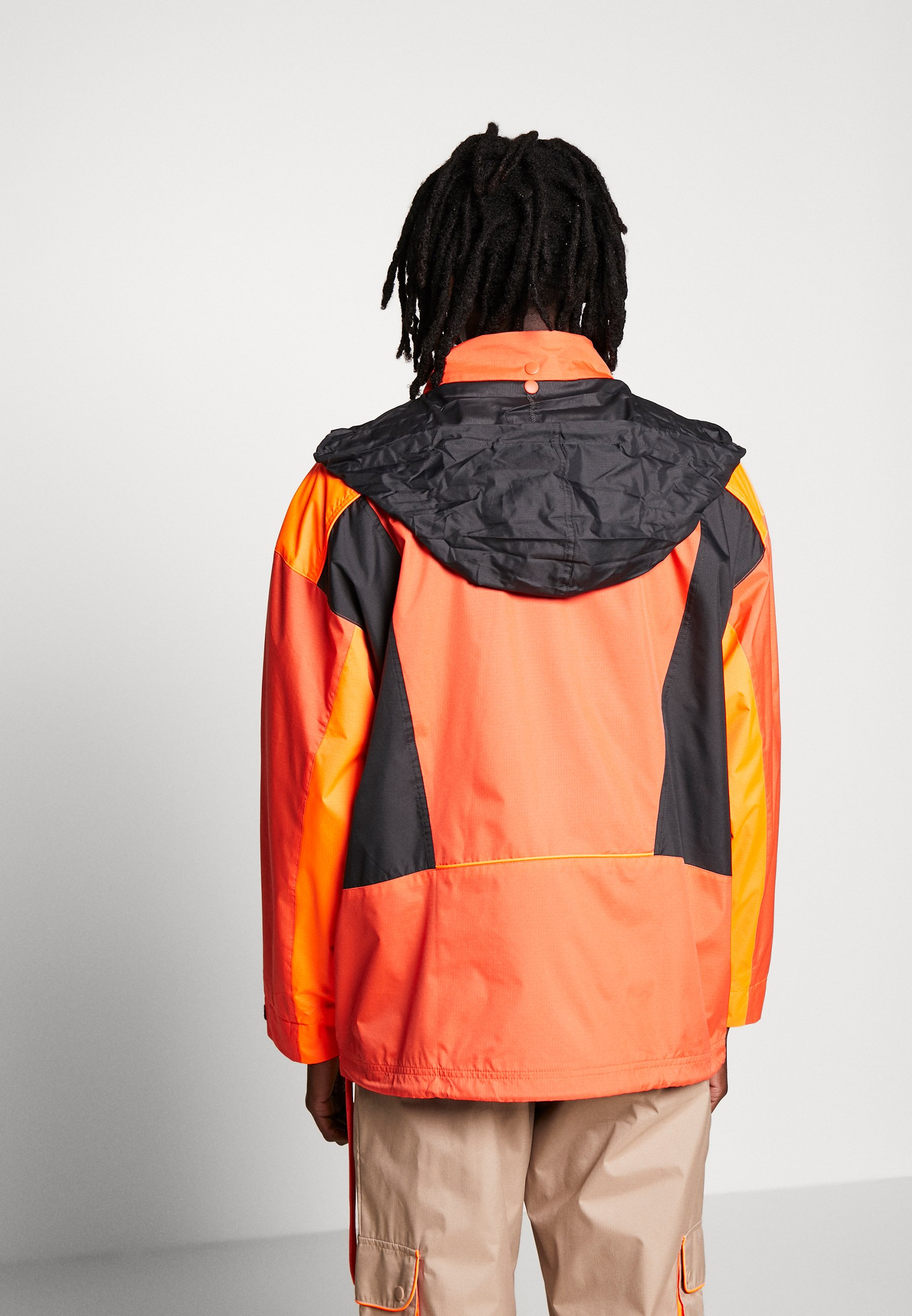 TRAIL JACKET Windbreaker vivdor