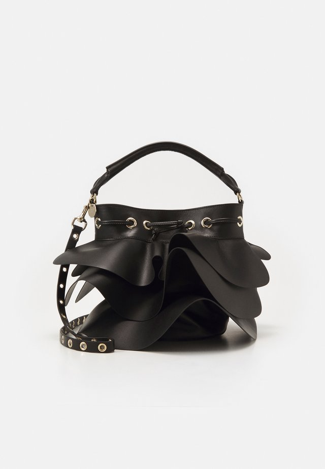 ROCK RUFFLE BUCKET SHOULDER - Håndtasker - black