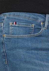 Tommy Hilfiger Curve - FLEX HARLEM - Slim fit jeans - izzy - 4