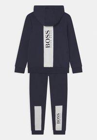 BOSS Kidswear - SET - Chándal - navy - 1