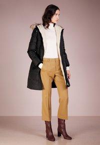Lauren Ralph Lauren - HAND TRIM  - Down coat - black - 1