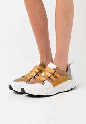 SPICY - Sneakers basse - bamboo