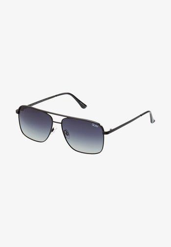 POSTER BOY - Gafas de sol - black