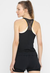 Under Armour - RACER TANK - Funktionsshirt - black