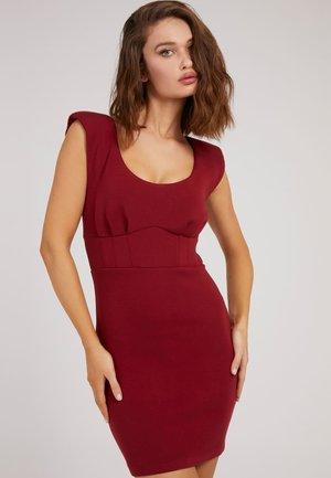 SHAPING - Shift dress - rot