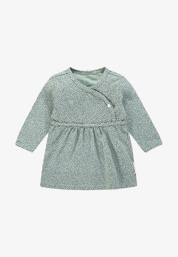 MATTIE - Korte jurk - grey mint
