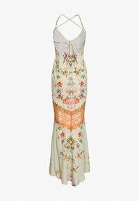 Hope & Ivy Petite - PETITE - Vestito elegante - white/orange - 1
