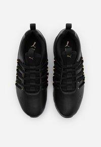 Puma - AXELION - Zapatillas de entrenamiento - black/team gold - 3