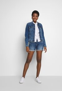edc by Esprit - Denim shorts - blue medium wash - 1