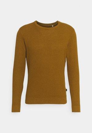 KARLO STRUCTURED CREW NECK - Stickad tröja - breen