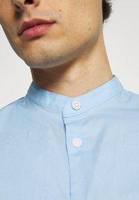 Selected Homme - SLHSLIMBROOKLYN  - Shirt - light blue - 6