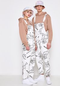 AS IF Clothing - RIZZO MOUSE DUNGAREE UNISEX - Snekkerbukse - white - 1