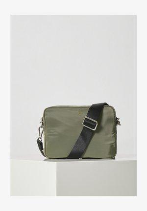 Across body bag - beetle green