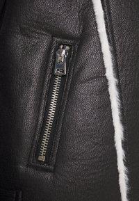 Miss Selfridge - CONTRAST AVIATOR LONGLINE - Faux leather jacket - black - 2